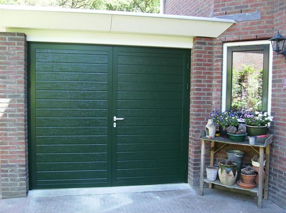 Hordeur Openslaande Deuren : Openslaande garagedeur beschikbaar naar uw wensen via nnzi
